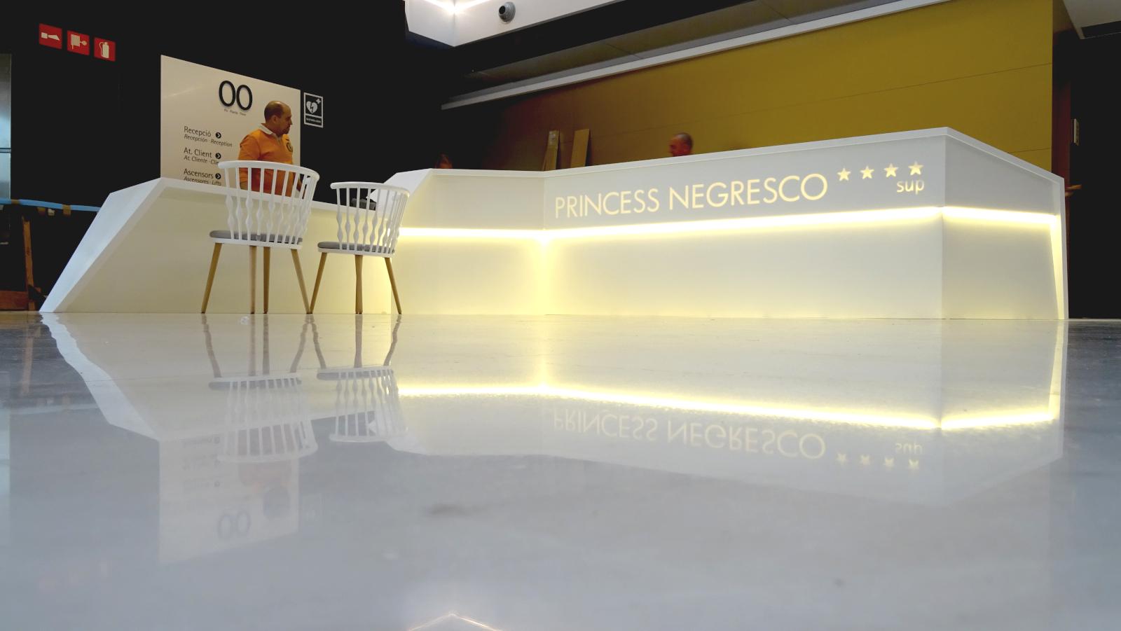 Mostrador- recepció- princess negresco bcn- Betacryl- 3