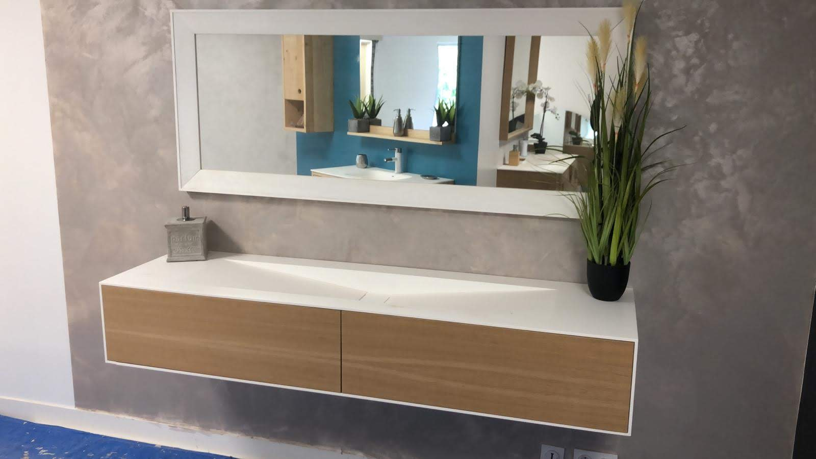 mueble-suite-baño-corian-betacryl-frontales-roble-2